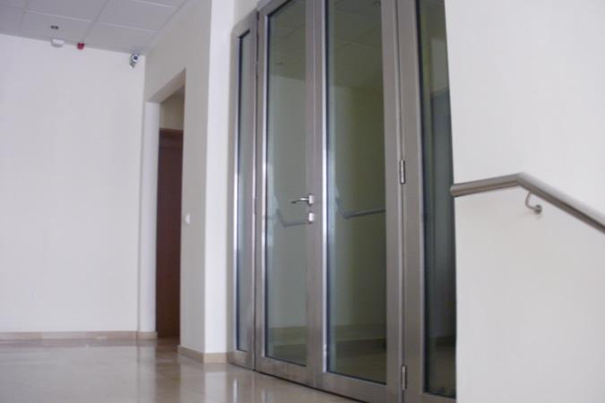 puerta cortafuegos vidriada