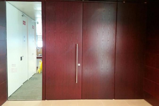 se extiende hasta 140cm f/ácil de rodar y enganchar para escaleras Pasillos Pasillos blanco johgee Retr/áctil puertas de seguridad para ni/ños 86cm de alto
