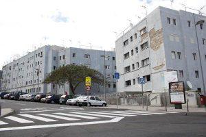 puertas-jordan-115-viviendas-la-barriada-de-La-Candelaria